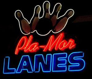 Pla-Mor Lanes logo